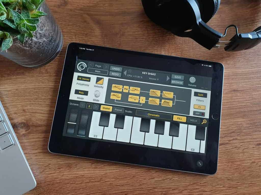 SynthMaster One iPhone