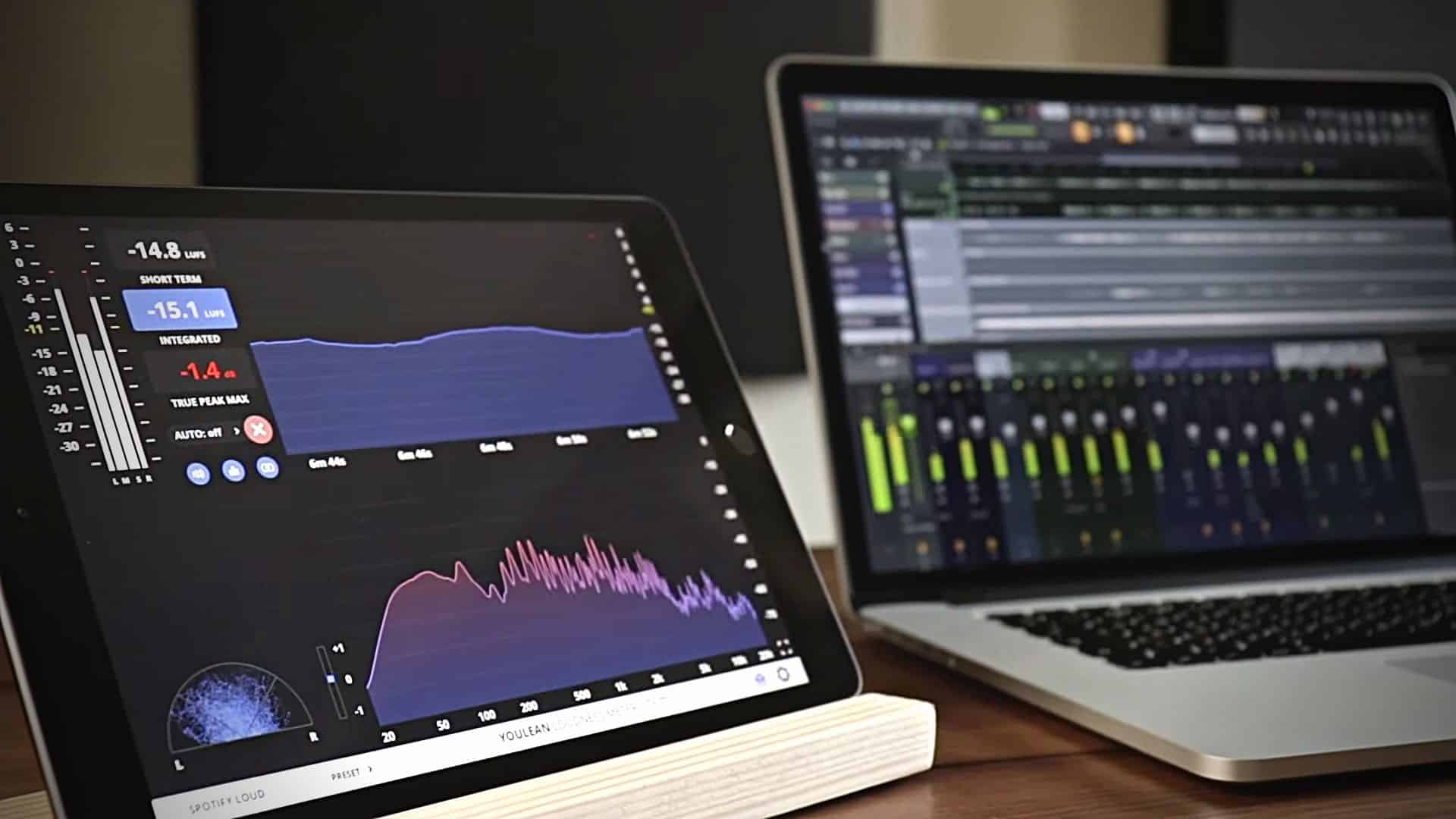 Youlean Loudness Meter Lite turns your iPad into a wireless loudness meter.